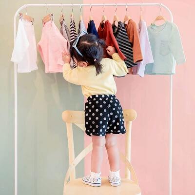 Mon enfant veut choisir ses vêtements seul