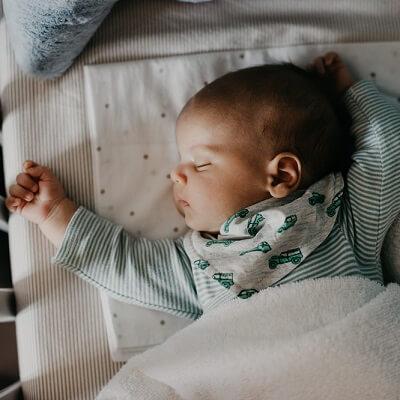 Comment couvrir bébé la nuit?